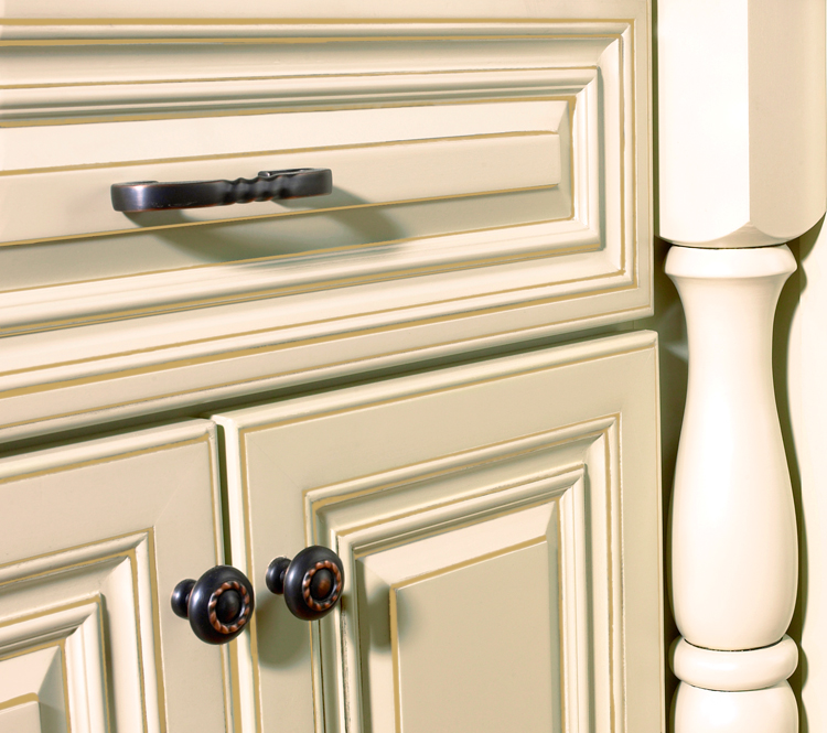 Cream kitchen cabinets with white trim - Cream white kitchen cabinets ...